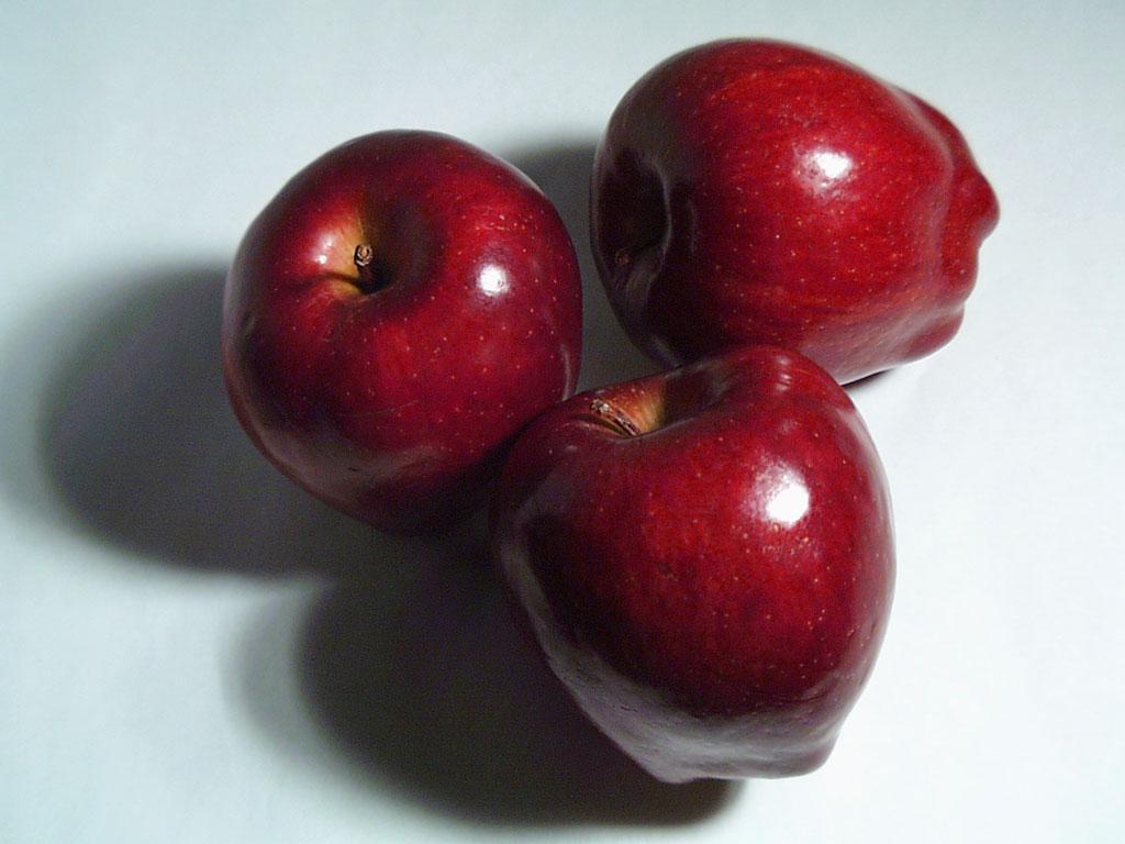 Calorie E Valori Nutrizionali Mela Rossa 1