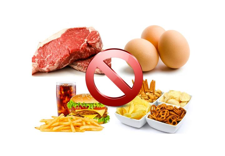 Cibi da evitare in gravidanza, cosa non mangiare