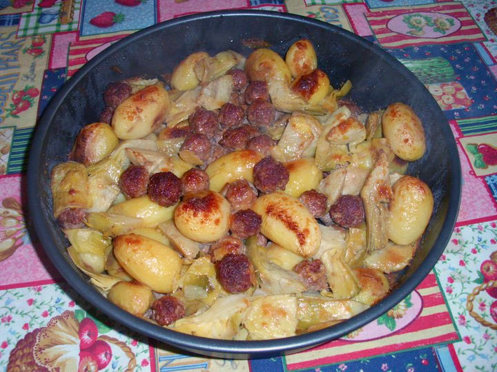 Preferenza Carciofi al forno con carne macinata e patate, ricetta NA26
