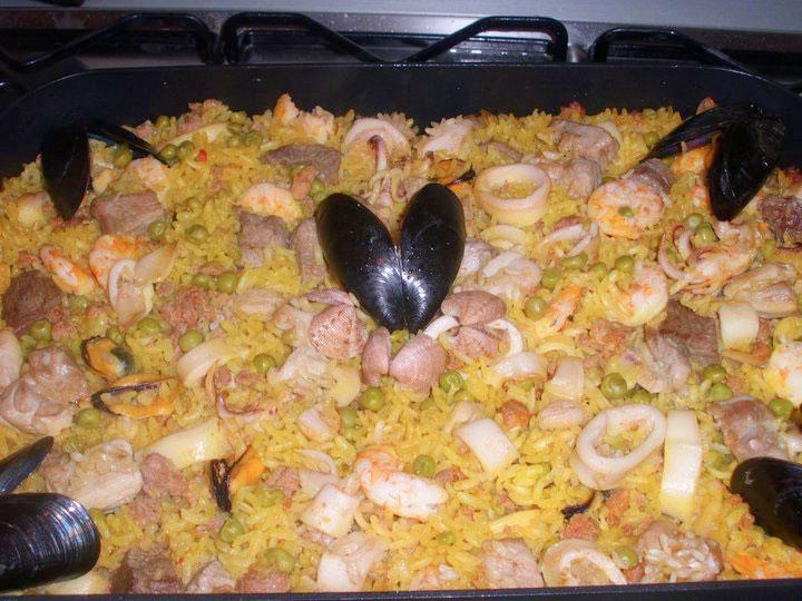 Paella for friends