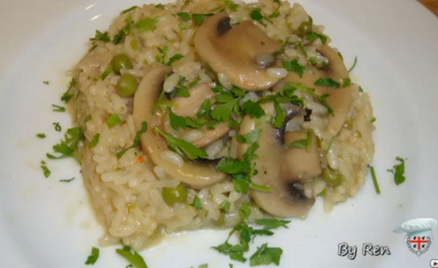 Risotto con funghi e piselli ricetta for Cucinare piselli