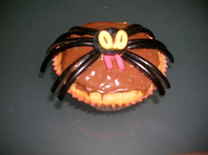 Tortine di halloween con la vedova nera