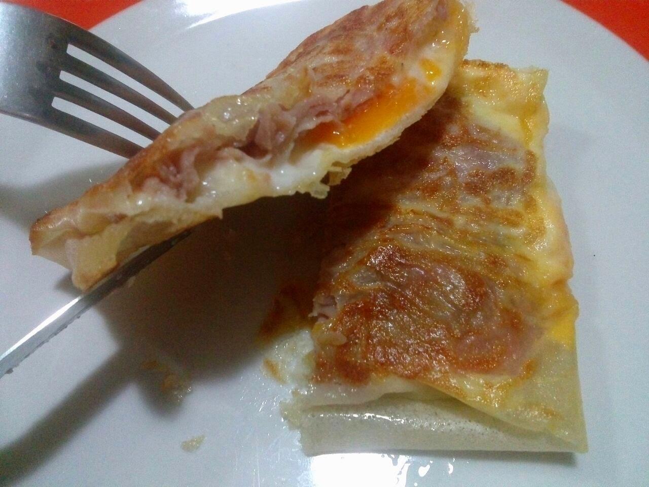 Brick con uova e prosciutto