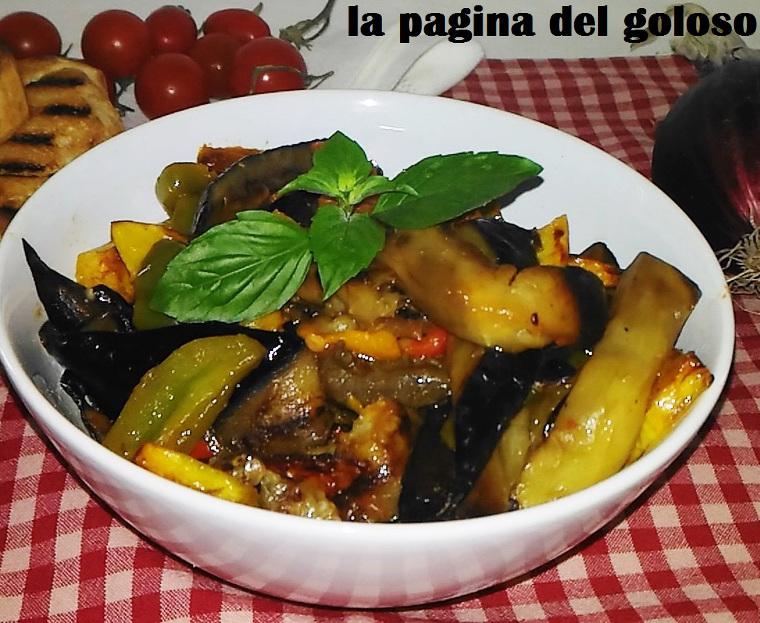 Caponata di peperoni, patate e melanzane