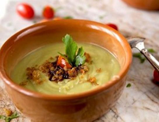 Crema ai broccoli, alici e aceto balsamico
