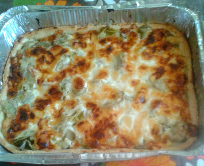 Crostata salata con carciofi e formaggio