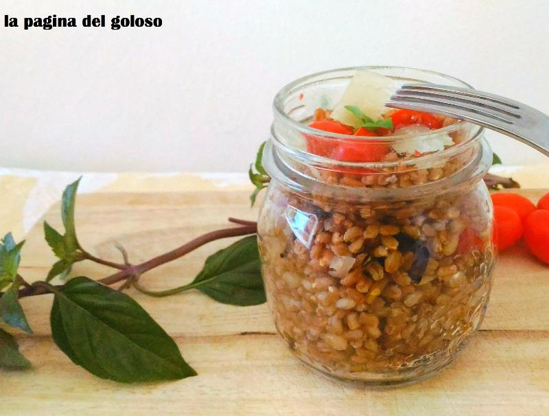 Grano, pomodorini caramellati e melanzane croccanti