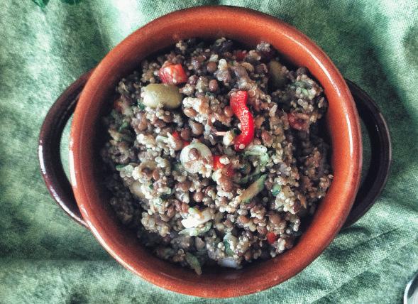 Insalata con lenticchie e quinoa
