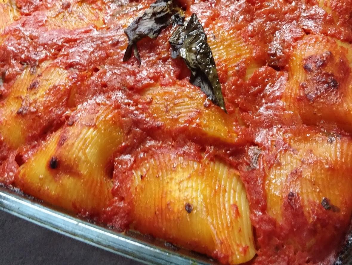 Lumaconi ripieni al sugo ricetta for Cuocere v cucinare