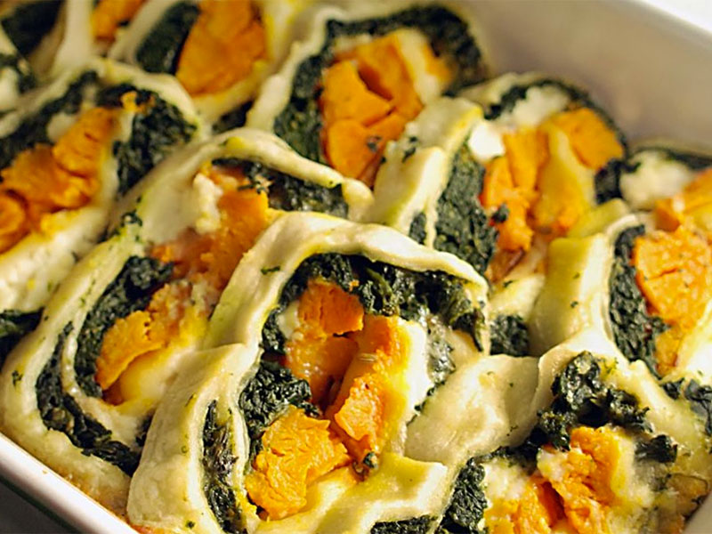 Pumpkin and spinach roll