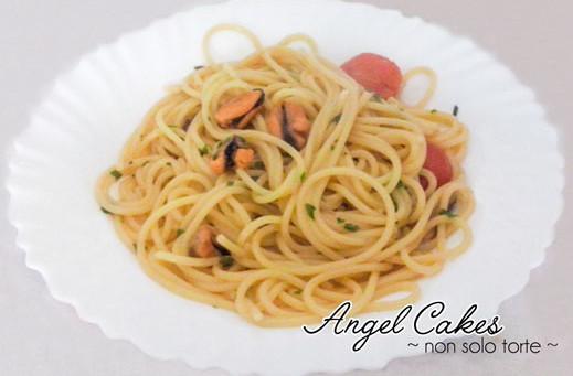 Spaghetti con pomodorini e cozze