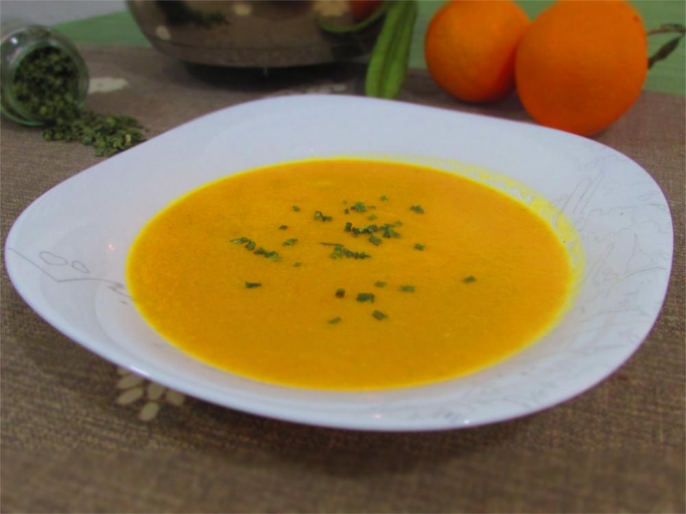 Vellutata di carote con arance