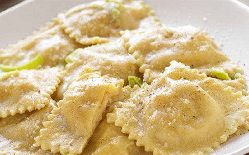 Ravioli stuffed with fish mousse