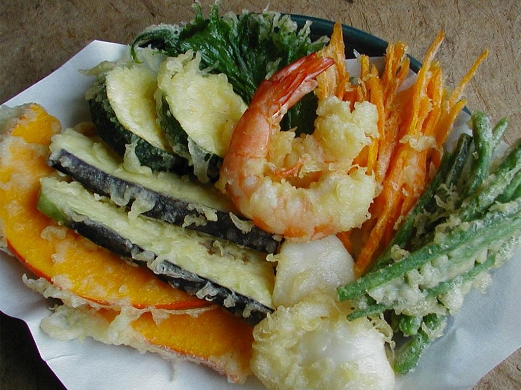 Tempura (frittura di crostacei, pesce e verdure)